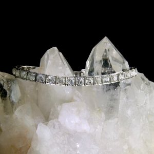 Platinum tennis bracelet with diamonds 3 cttw