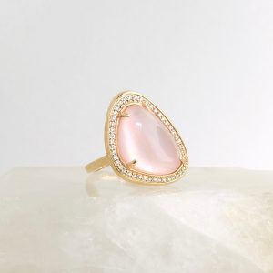 14k rose gold ring with pink quartz and diamonds