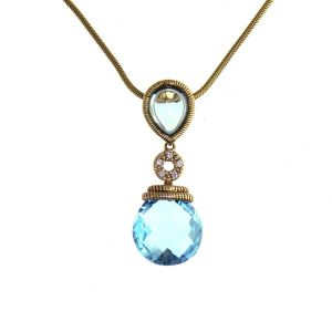 blue topaz pendant with 6 diamonds