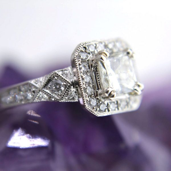 14k white gold ring with a 0.90 carat center diamond