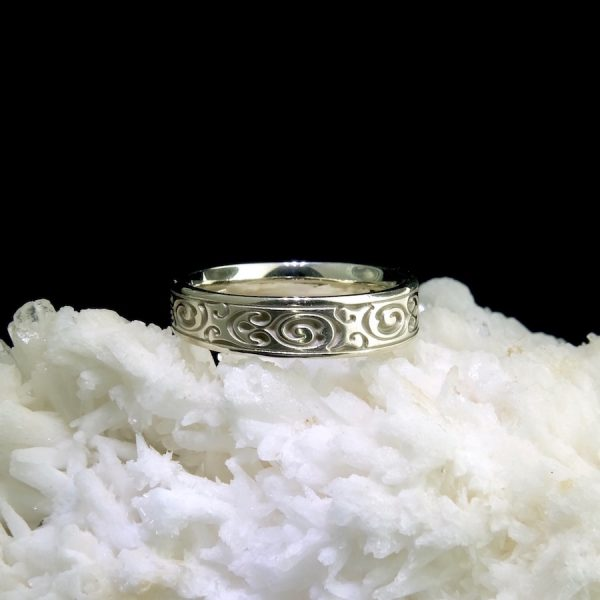 14k white gold band with swirl motif