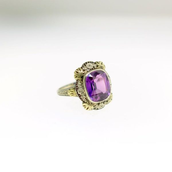 White and Yellow Gold Ring with Synthetic Alexandrite