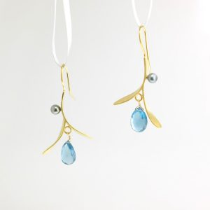 Vermeil dangle earrings with black pearls and blue topaz kinzig design